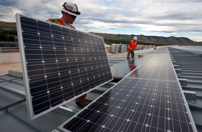 Instalador de Painel Solar – A Profissão do Futuro no Brasil